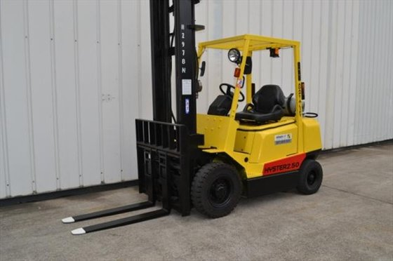 2004 HYSTER H2.50DX Counterbalance Forklift