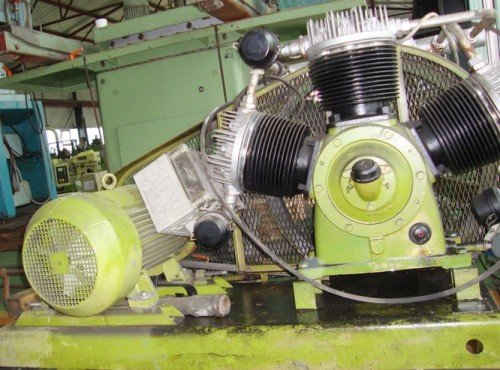1980 KAESER 3300-G in Staufenberg,
