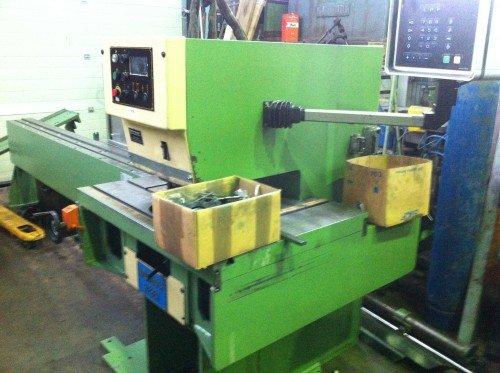 INDUMASCH IS 25-500 CNC in