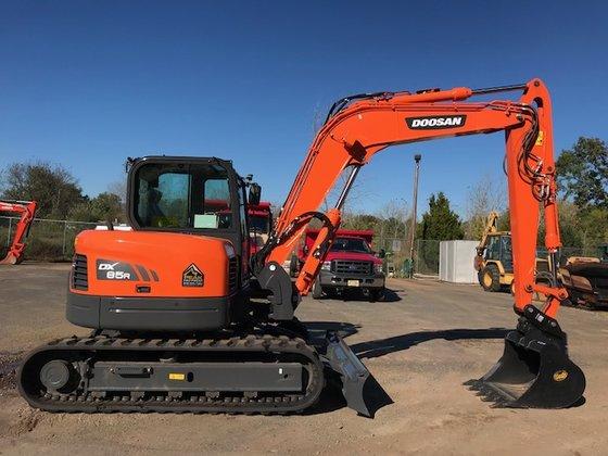 Doosan DX85-3 Excavator