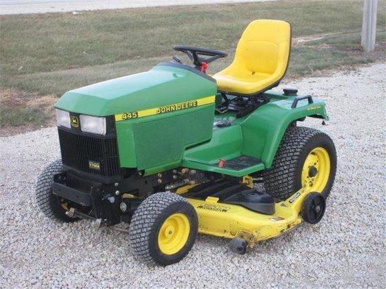 John Deere 445 >> John Deere 445 Lawn Mower