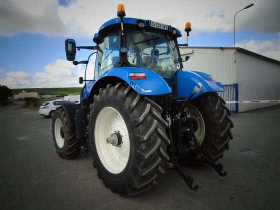 New Holland T7 210 Tractor
