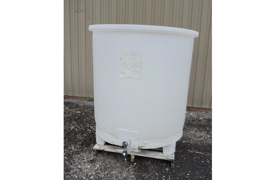 300 I.G. (360 USG) PLASTIC,