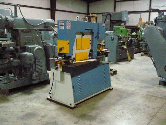 66 Ton Masteel Hydraulic Iron
