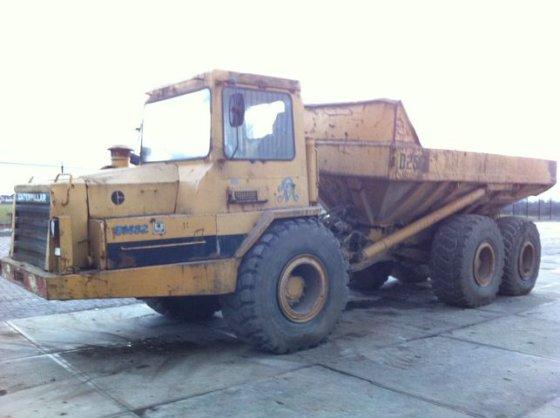 1990 CATERPILLAR D250B 6x6 articuled dump truck in Rotterdam
