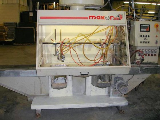 MAKOR COMPLETE MOULDING LINE AUTOMATIC