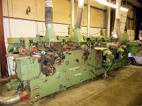 IIDA MH-221C MOULDER (FEED THROUGH)