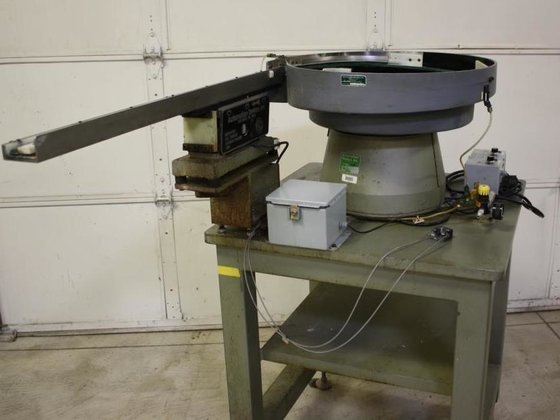 "No.15 Automation Devices,34""Dia.Bowl,2""Track,CW/CCWDirection,T-18 34""Feed Arm(2)"
