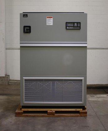2004 Emerson,Liebert,Model UH147C,UpFlow,AM Control,Elect.Reheat,Infared Humidifier