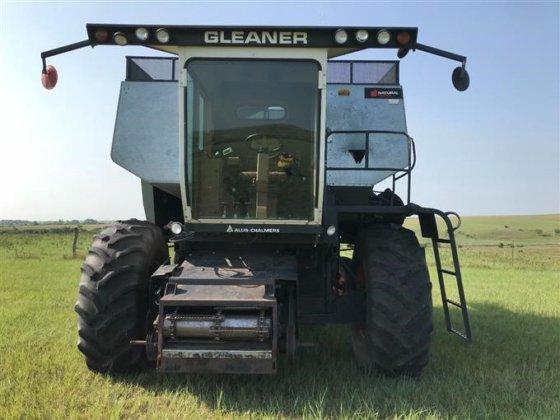 Gleaner n5 combine in emmett ks usa publicscrutiny Images