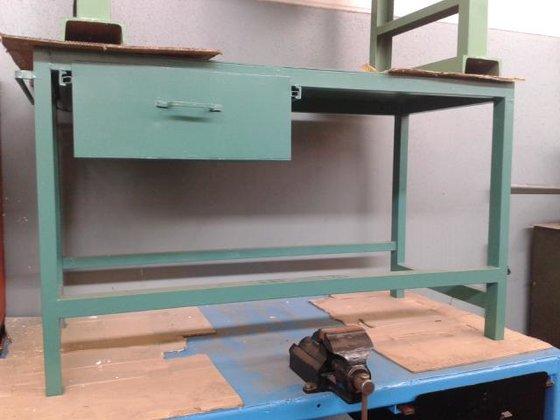 Banco Di Lavoro In Ferro : Banco da lavoro in ferro senza morsa in chivasso italia