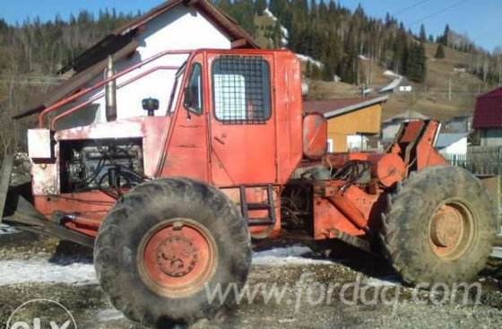 Forest Tractor Romania in Suceava,