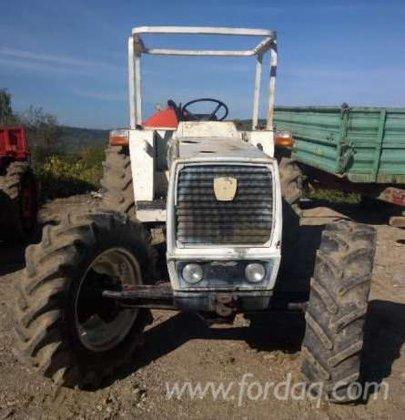Farm Tractor Romania in Baia