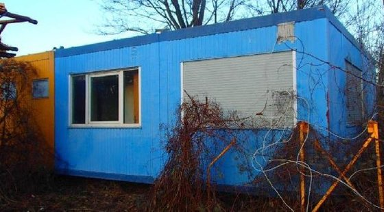 Container plant sanitation Office in