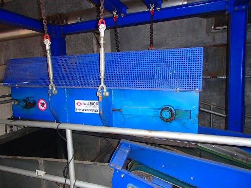 diverse Magnetic separator including ejector