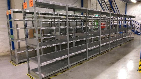 Dexion Flat bottom shelves in