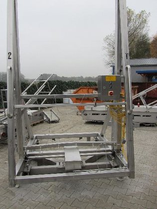 Lift-and tilt device in Germany