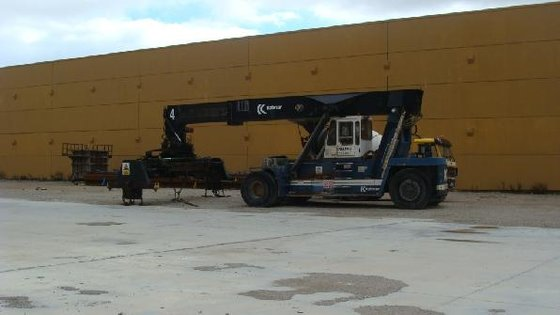 1991 Kalmar DC4560/RC4 Container handler