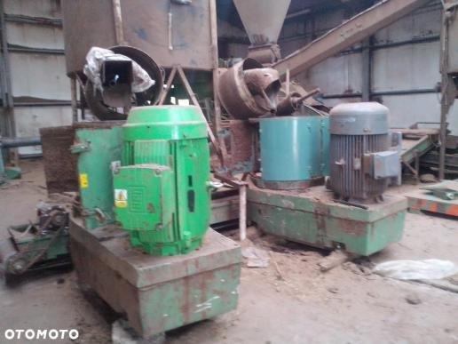 Gama TL 700 pellet press