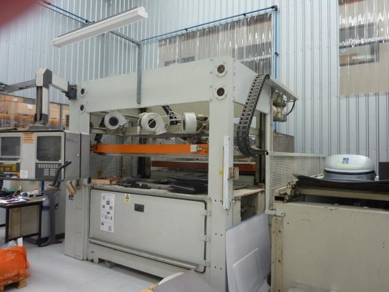1992 Giess DN200s Vacuum-forming machines