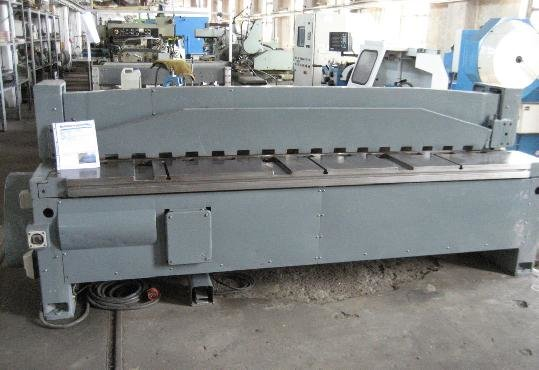 RAS 54.20 Guillotine shears in