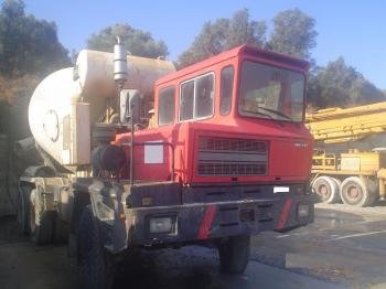 ASTRA BM 21 CONCRETE MIXER WITH AUXILIARY ENGINE in Calabria, Italy