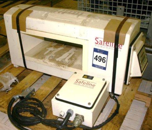 "Safeline Metal Detector 18.75"" wide"