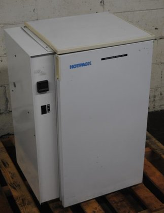 Hotpack model 355371 Incubator -