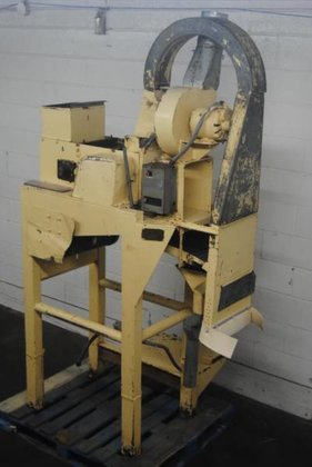 Bauer model 341-B Split Nut