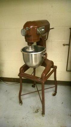 Hobart model A-150 12-quart mixer