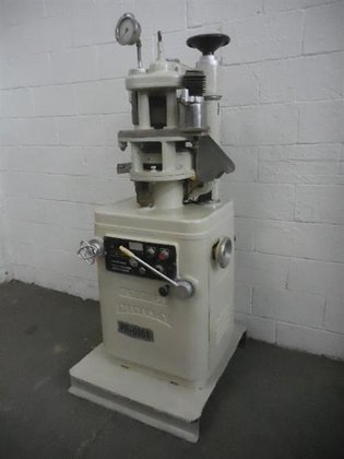 MANESTY MODEL BETAPRESS - M10297