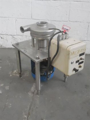 Triblender model F2116-3 CV stainless