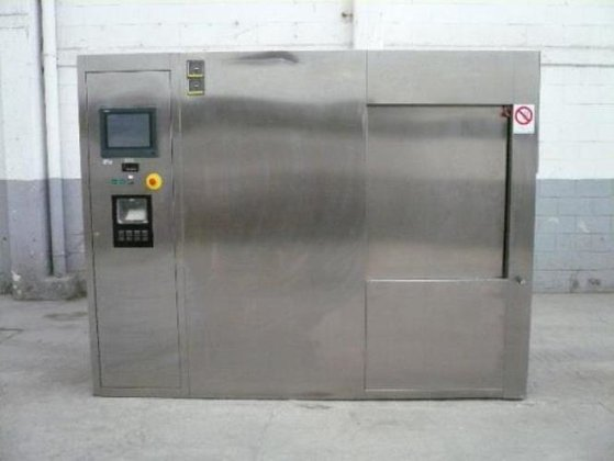 Fedegari model:F0F4/9 Stainless steel Autoclave.