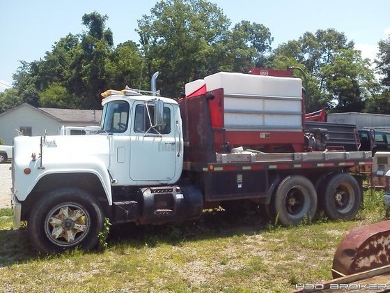 1999 Ditch Witch MM9 -