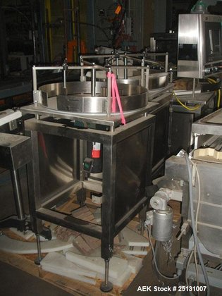 Used- Accumulating Table, 24'' diameter,