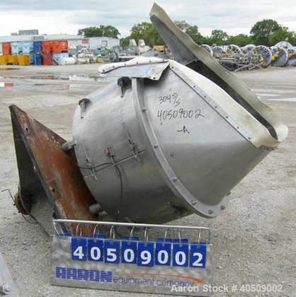 Used- Rietz Vertical Disintegrator, Model