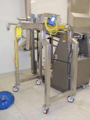 Used- Fitzpatrick Fitzmill, model D6A,