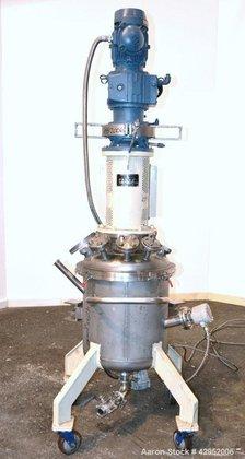 Used- UTI Tank, 26.4 Gallon,