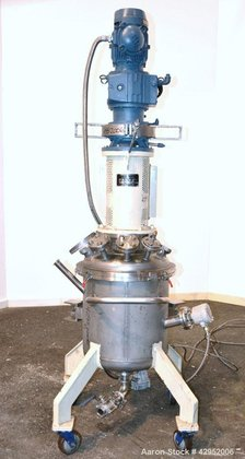 Used- UTI Tank, 26.4 Gallon,