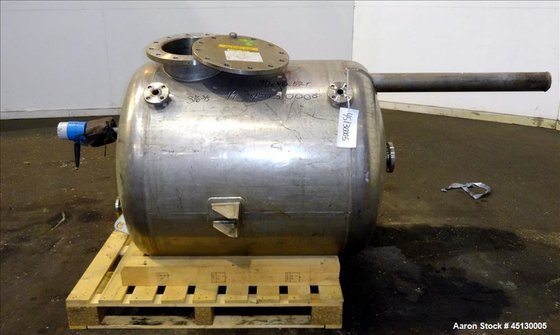 Used-Stainless Steel Services Itd tank,