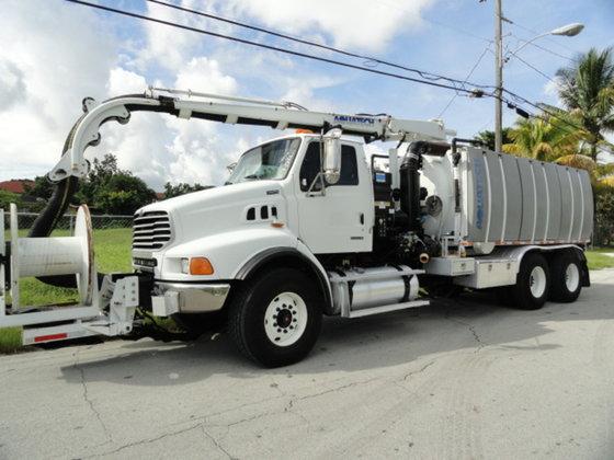 2007 Sterling L9500 in Miami,