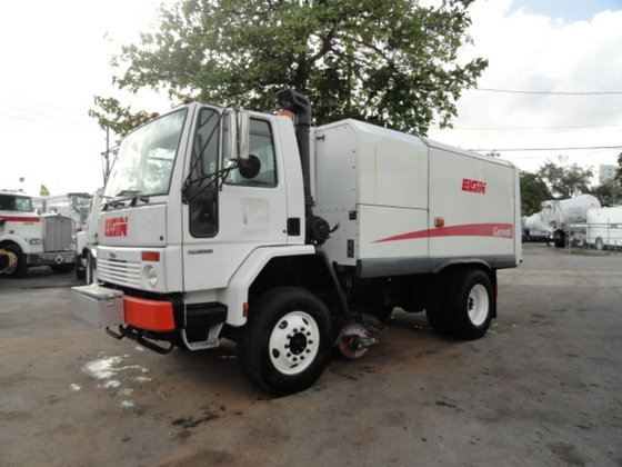 2005 Sterling SC8000 in Miami,