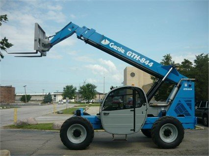 2011 GENIE GTH844 in Bridgeview,