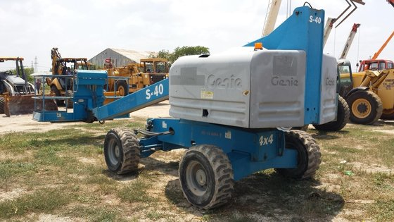 2006 GENIE S40 in Youngstown,