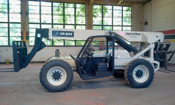 2004 INGERSOLL-RAND VR843 in Overton,