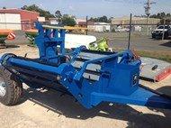 2015 McIntosh Trailing bale feeder
