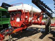 Farm King 1200 in Marnoo,