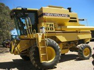 1998 New Holland TR98 in