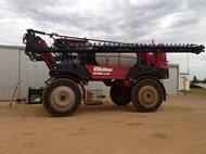 MILLER NITRO 4275 in Griffith,