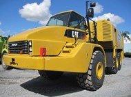 2005 Caterpillar 740 Service Truck